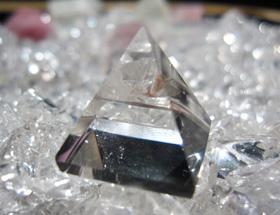 写真:ピラミッド型